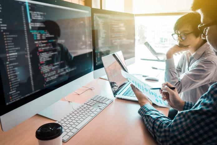 Immigrants Help Boost Tech Companies' Productivity: Study