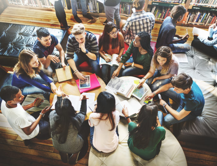 Why Canada International Students Should Get Healthcare Benefits and Settlement Services