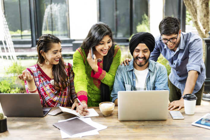 Figures Reveal Indian International Students Favour Canada Over U.S. – Canada Immigration News